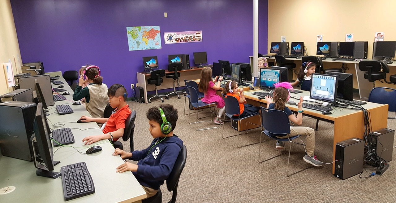 children using computers